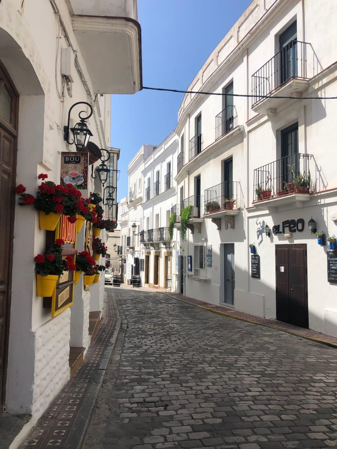 Guía completa para viajar a Tarifa - worldpackers - casco histórico de Tarifa, España