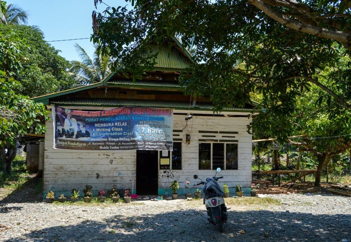 Haciendo un voluntariado como profesor de inglés en Indonesia - Worldpackers - escuela de inglés en Indonesia
