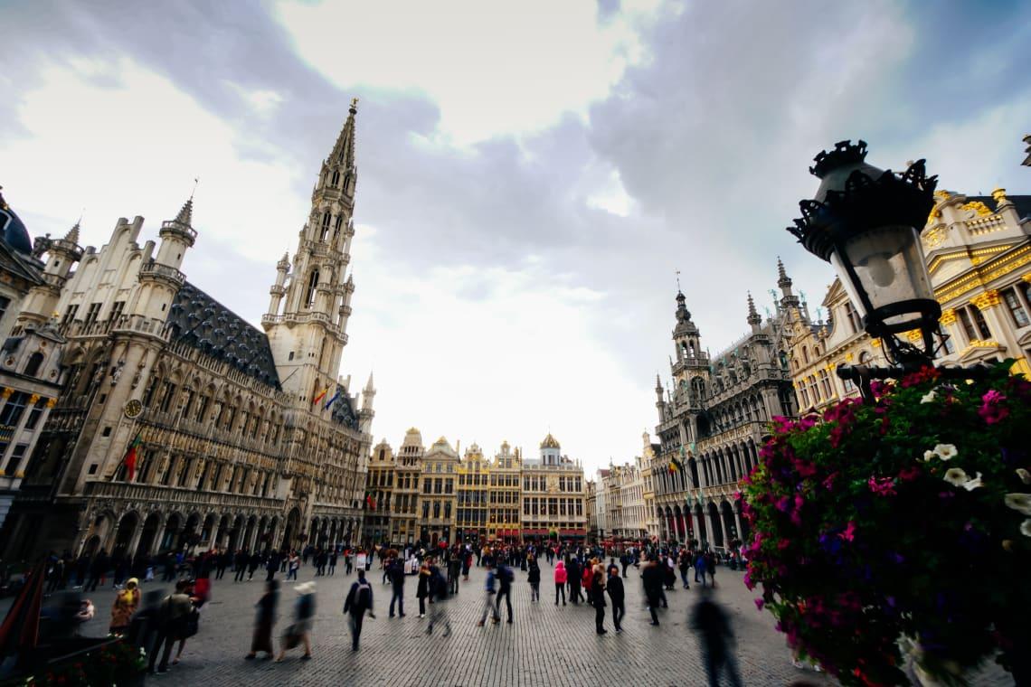 Se viajar para a Bélgica, com certeza vai passar pela Grand Place