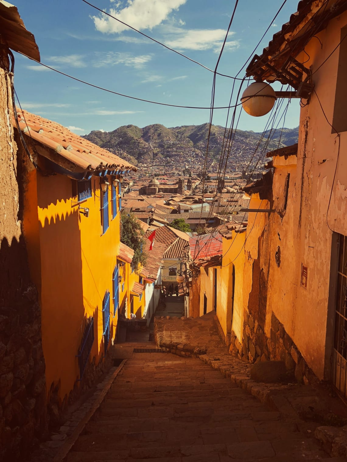 Beautiful alleyway, Cusco, Peru