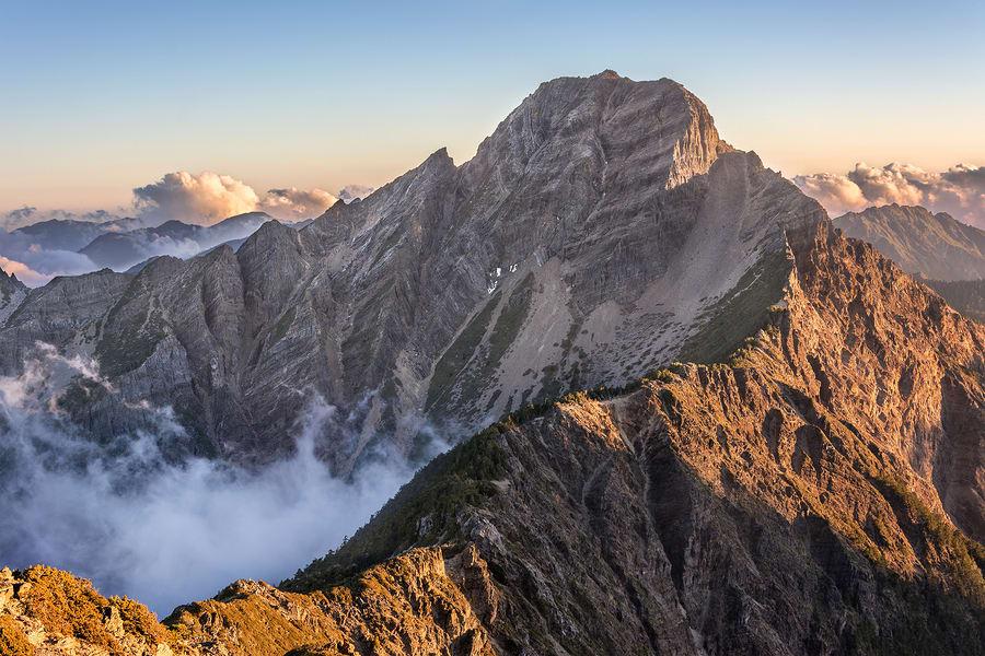 Montanhas na Ásia: Jade Mountain, Taiwan