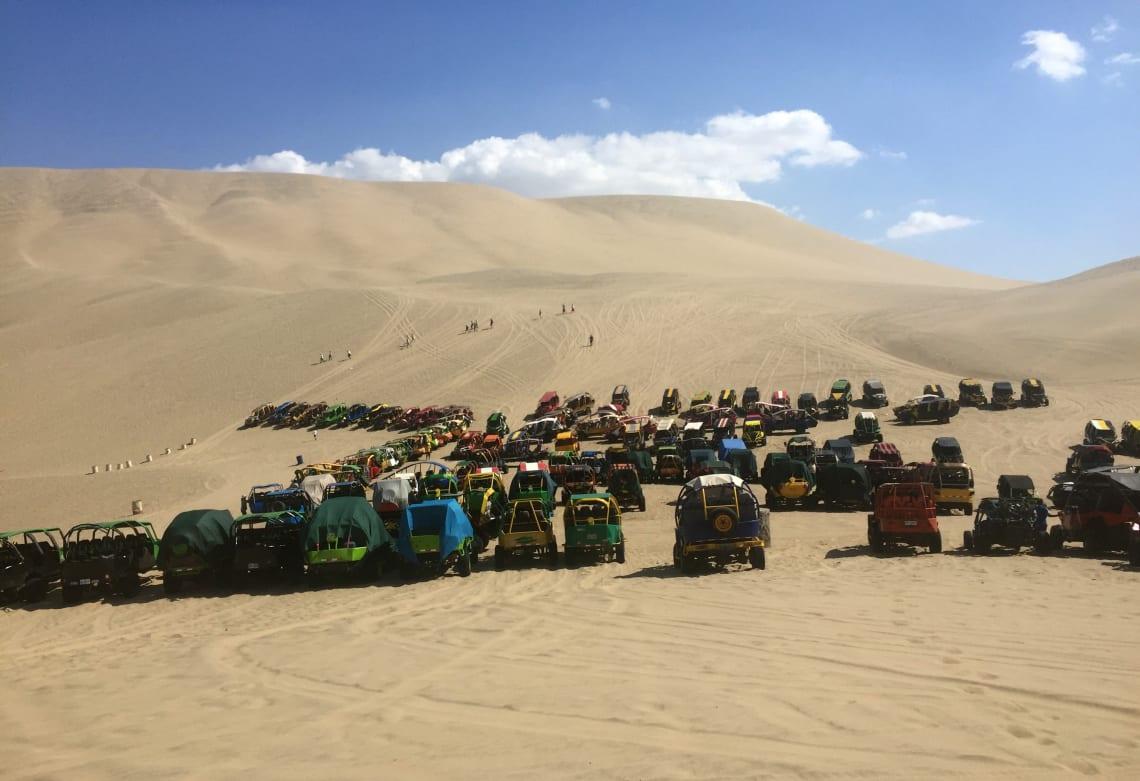 Dune buggies, Huacachina Oasis, Ica