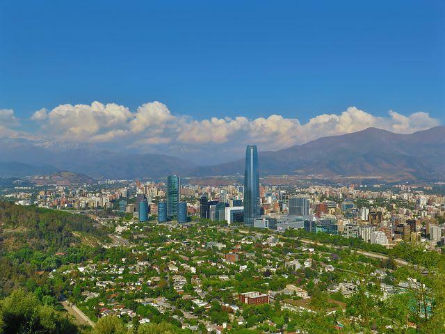 Guía para viajar barato en Santiago de Chile - Worldpackers - cerro san Cristobal Santiago de chile