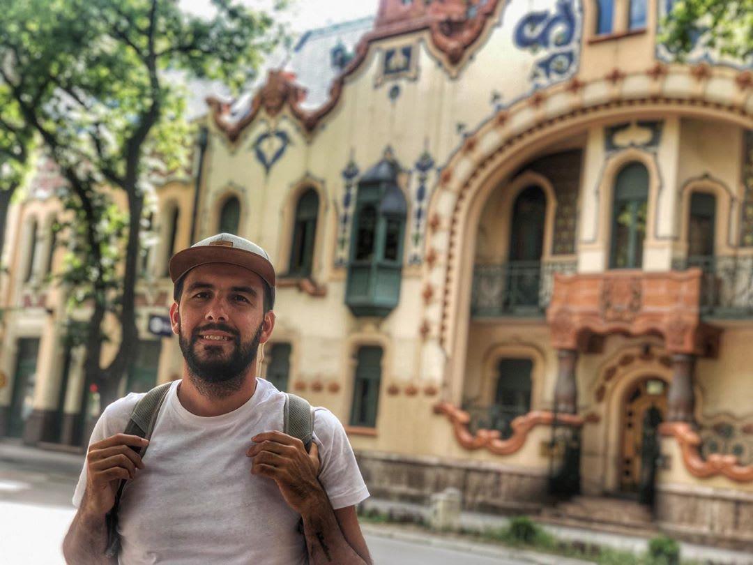 Luciano Cicerchia é um nômade digital argentino
