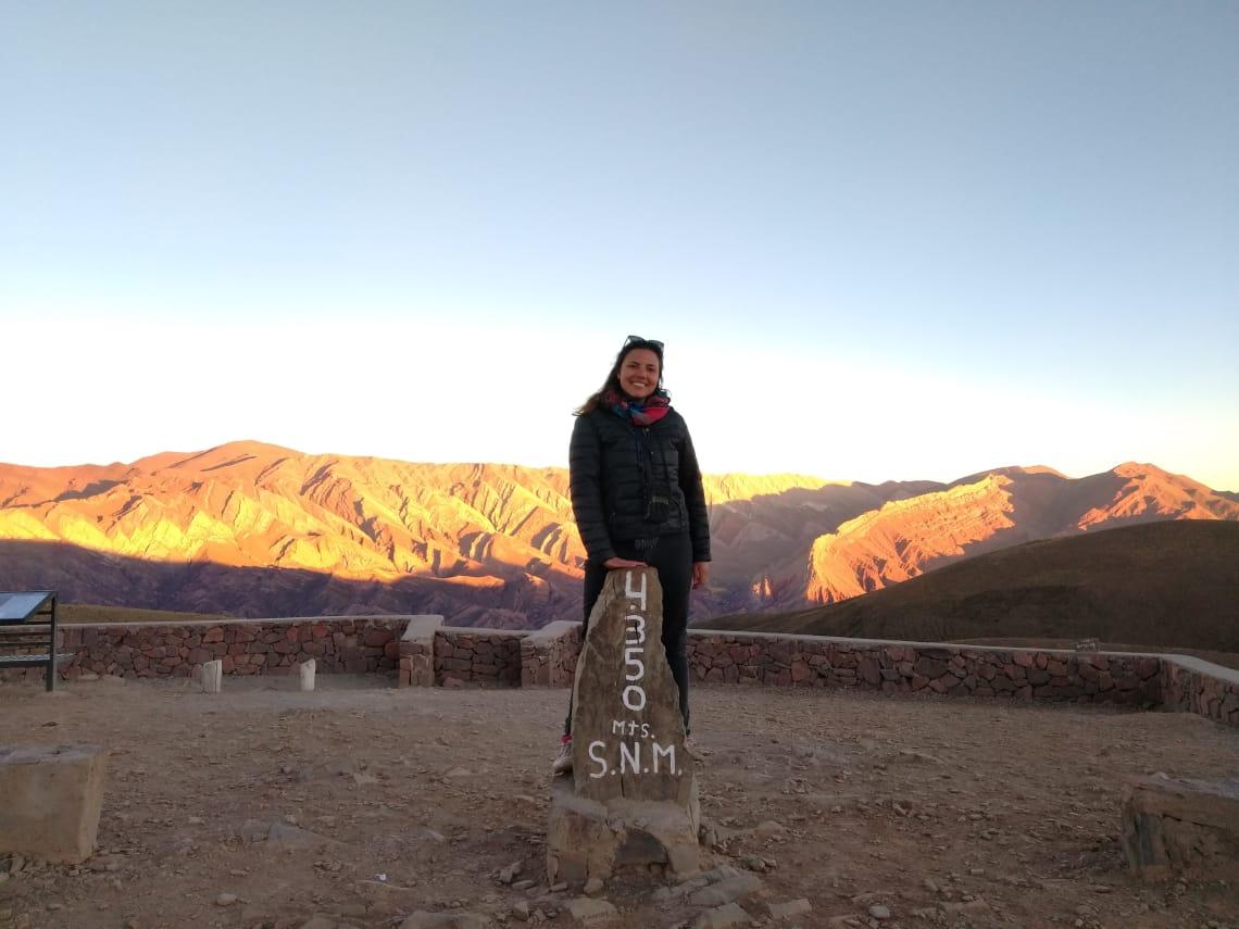 Expert explorando a cultura do norte da argentina