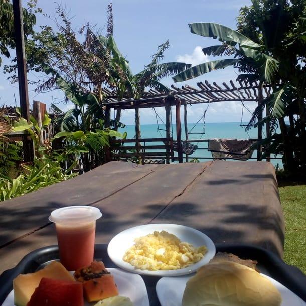 Gabriela Farias em café da manhã