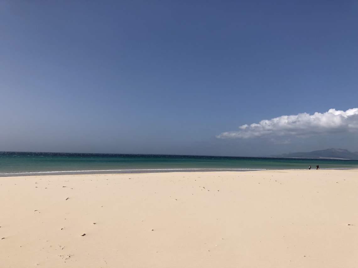 Guía completa para viajar a Tarifa - worldpackers - playa en Tarifa España