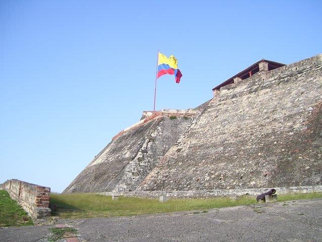 Los mejores 10 destinos de Sudamérica para mochileros - Worldpackers - castillo de San Felipe en Cartagena