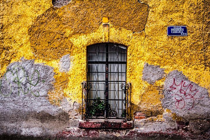 Guía para visitar Ciudad de México - Worldpackers - fachadas de casas colores en mexico