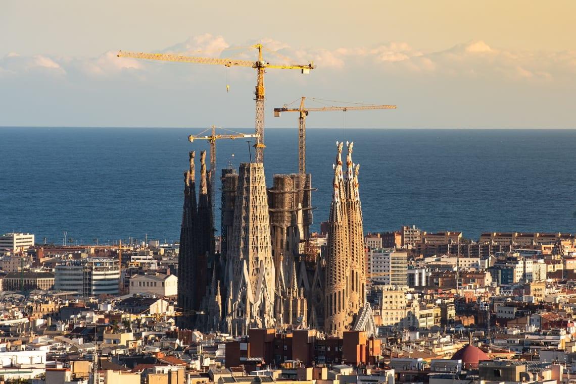 La mega guía para viajar a Barcelona: qué ver, qué hacer y mucho más - la sagrada familia