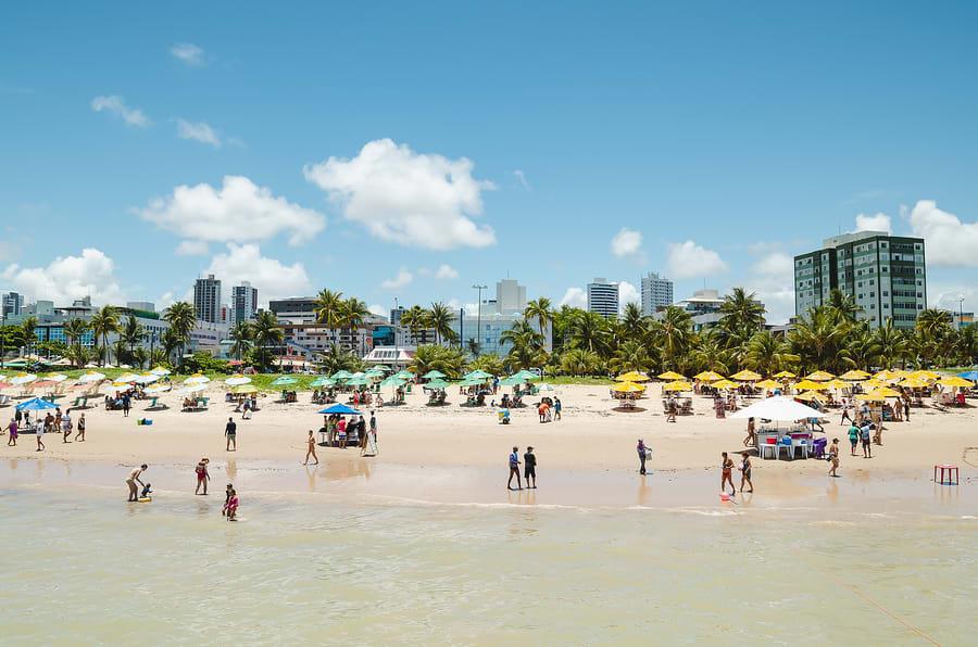 Praia em João Pessoa no verão