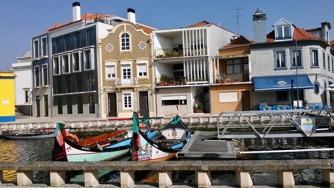 budget travel portugal aveiro culture europe