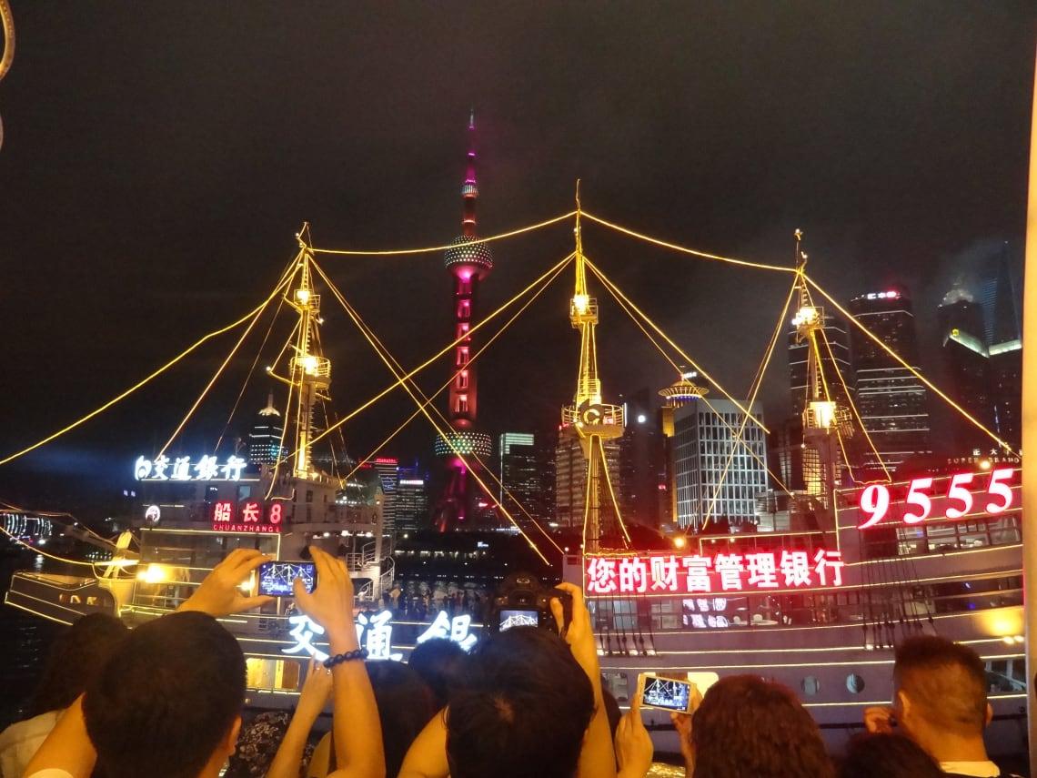 Viagem para a China: Passeio de barco no Rio Huangpu
