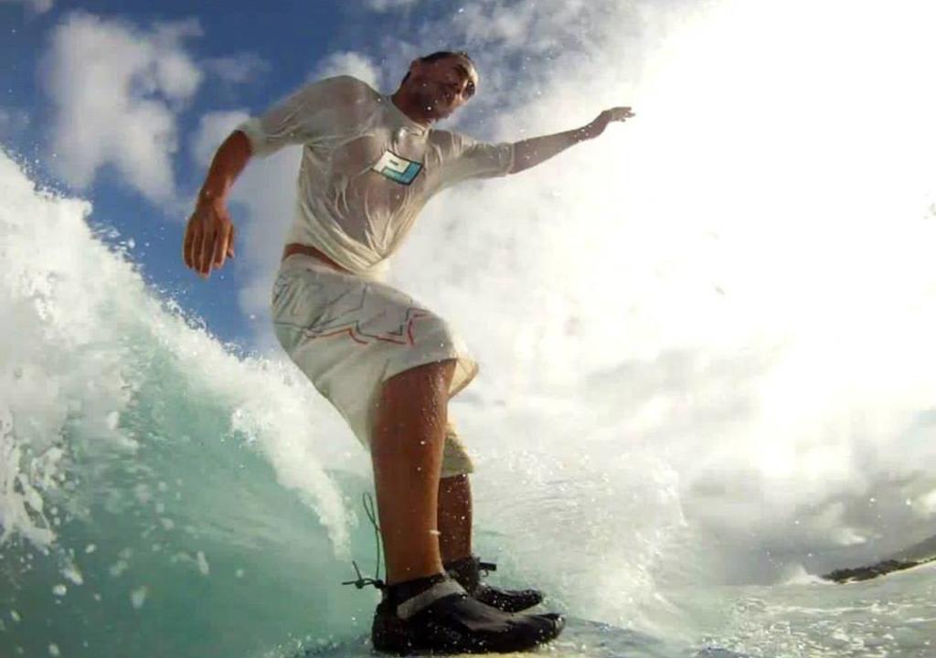 playa para hacer surf en Sao Paulo