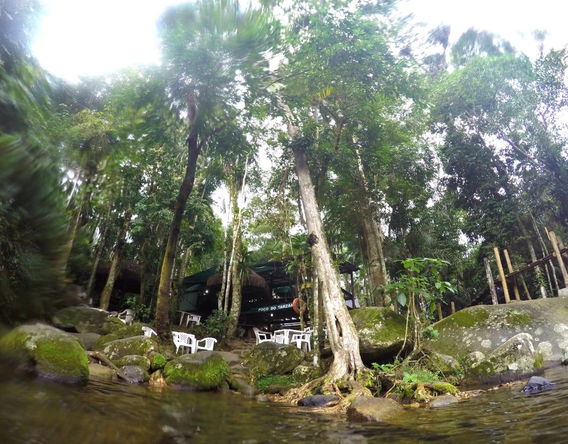 Perto de Paraty também há cachoeiras
