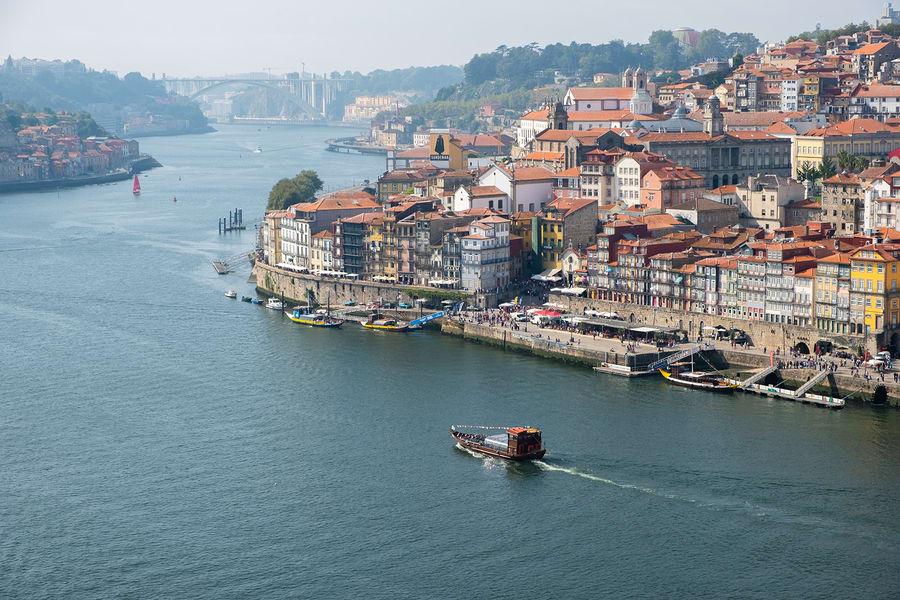 Não deixe de conhecer Porto durante sua viagem para Portugal
