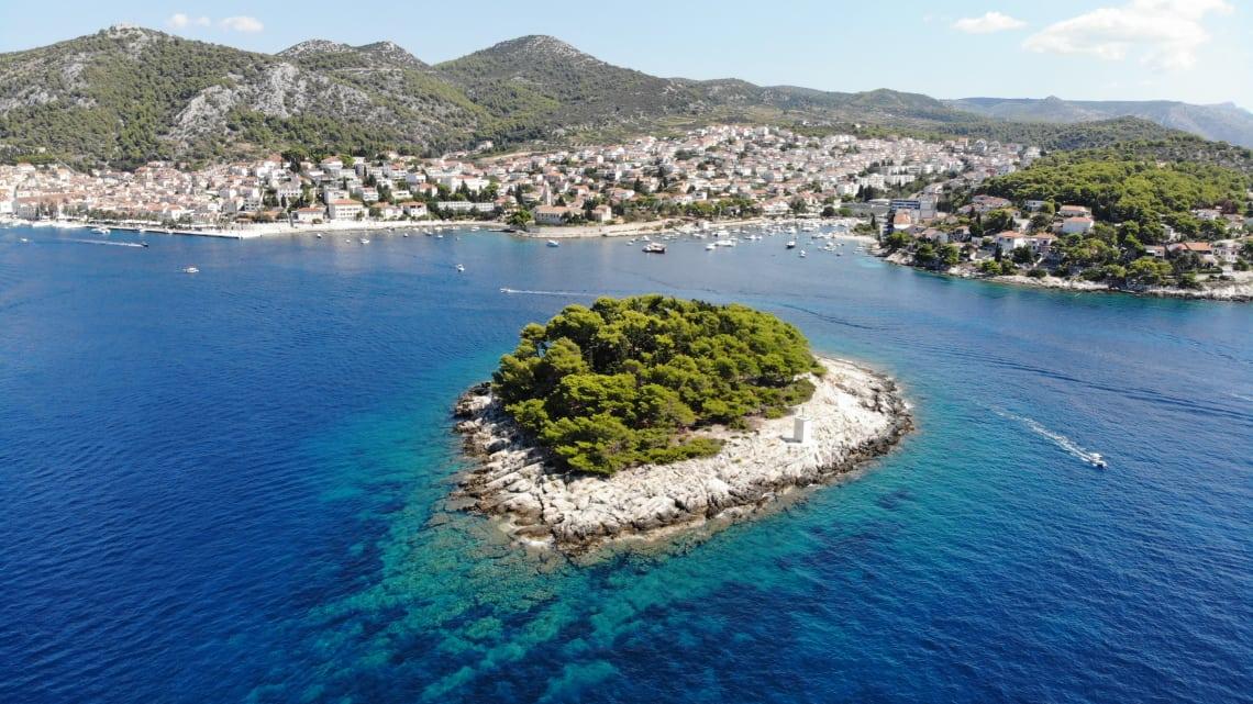 O mar de água cristalina da Croácia
