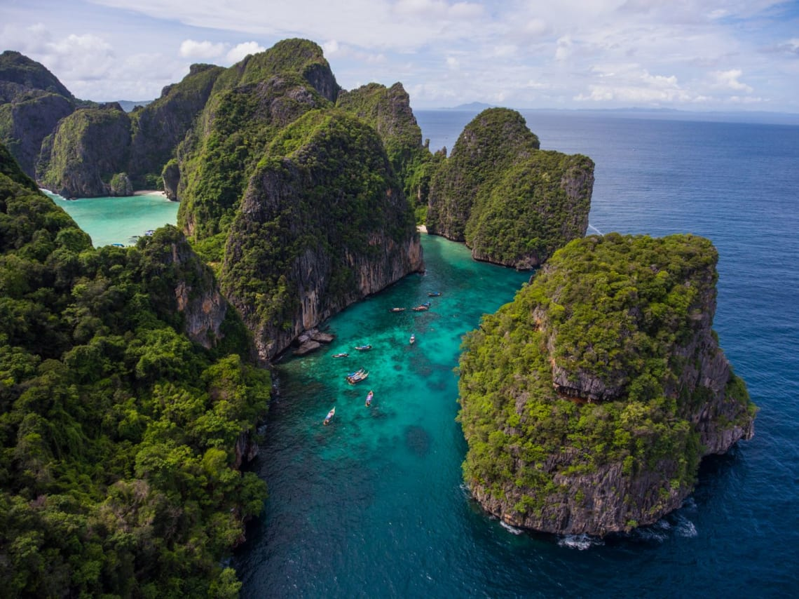 Ventajas y desventajas de un año sabático - Worldpackers - playa en Tailandia vista aérea
