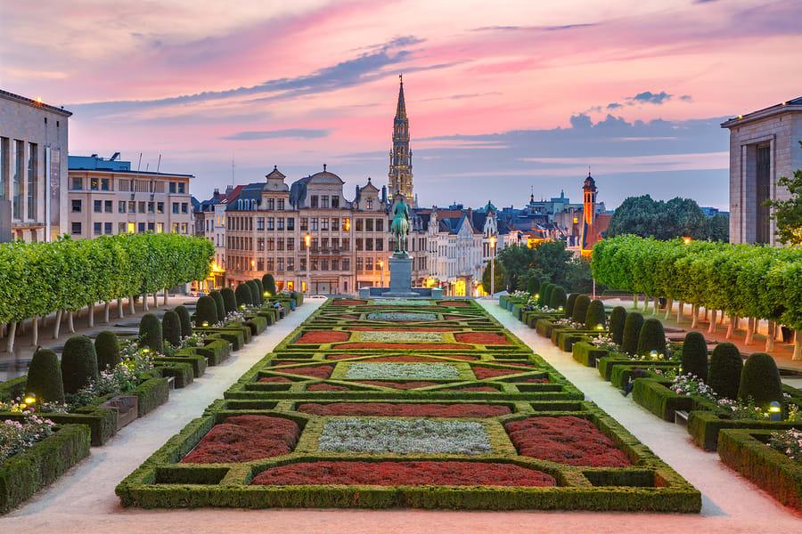 Praça central da cidade de Bruxelas, que deve fazer parte de um roteiro de viagem lgbt