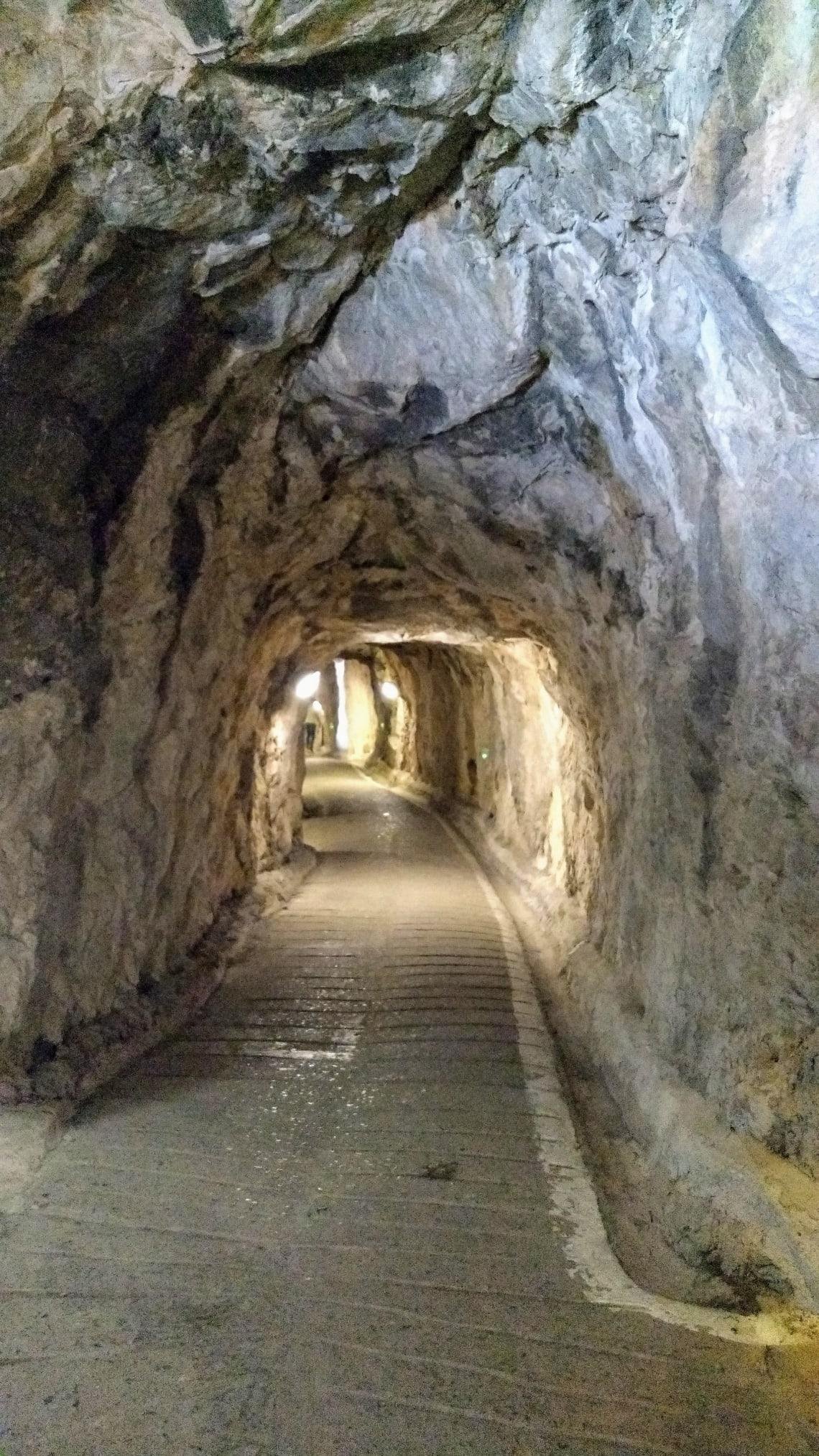 Túneis construídos pelo exército inglês