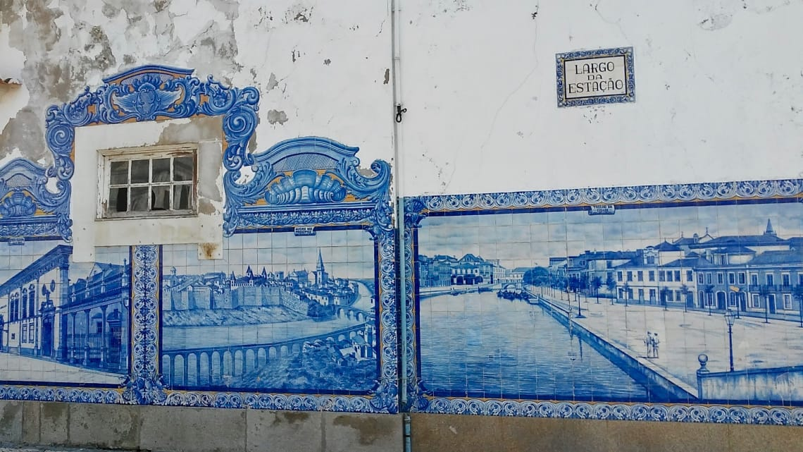 budget travel portugal aveiro