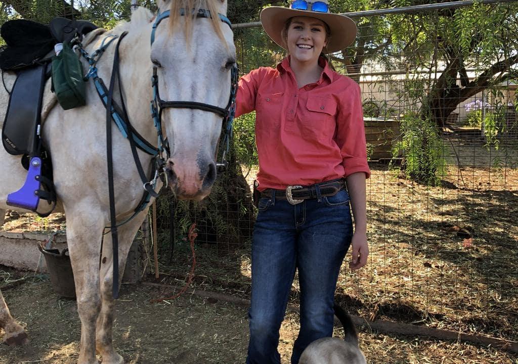 Volunteering to help with horses in Australia