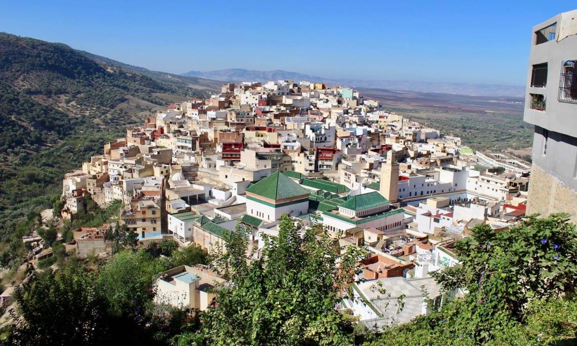 Todo lo que debes saber antes de viajar sola a Marruecos - vista de meknes - worldpackers