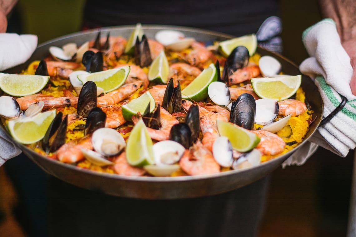 A gastronomia com muito peixe e frutos do mar é um elemento forte da cultura da espanha