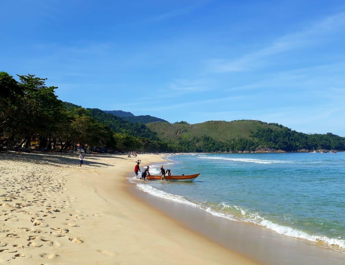 Praia do Sono é mais uma praia perto de Paraty que vale a pena ser conhecida
