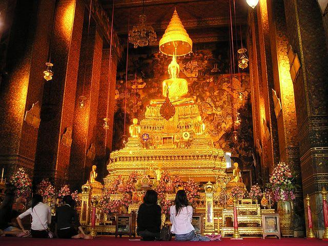 La guía completa para viajar a Bangkok - Worldpackers - templo en bagkok