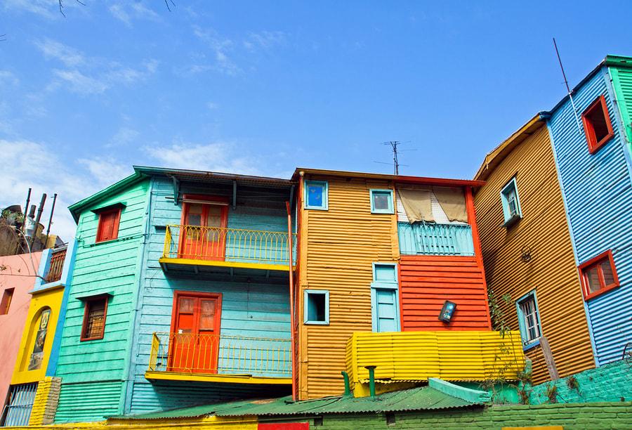 O Caminito é uma das opções clássicas do que fazer em Buenos Aires