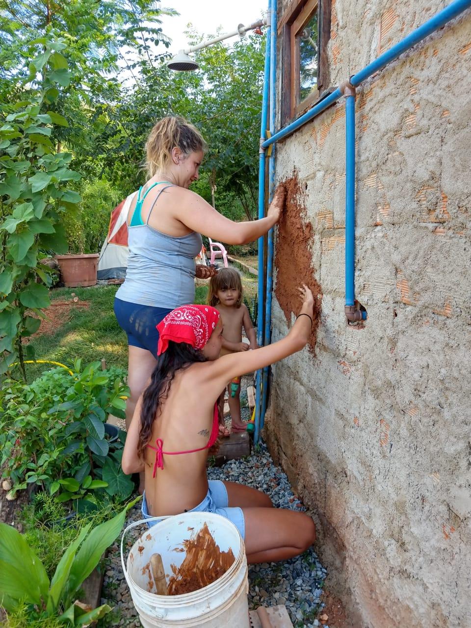 Haciendo un voluntariado en Brasil con Worldpackers - voluntariado en bioconstrucción
