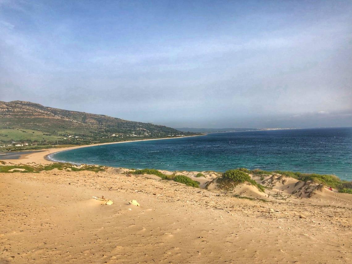 Guía completa para viajar a Tarifa - worldpackers - vista del mar en tarifa españa