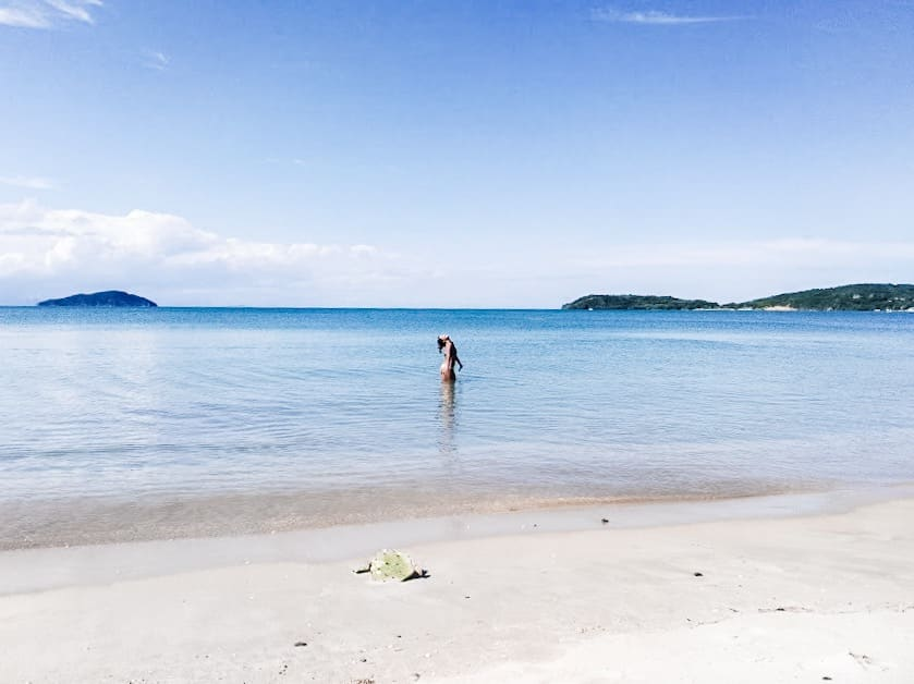 Cinco paraísos escondidos en Búzios que no te puedes perder - Brasil Praia rasa - Worldpackers
