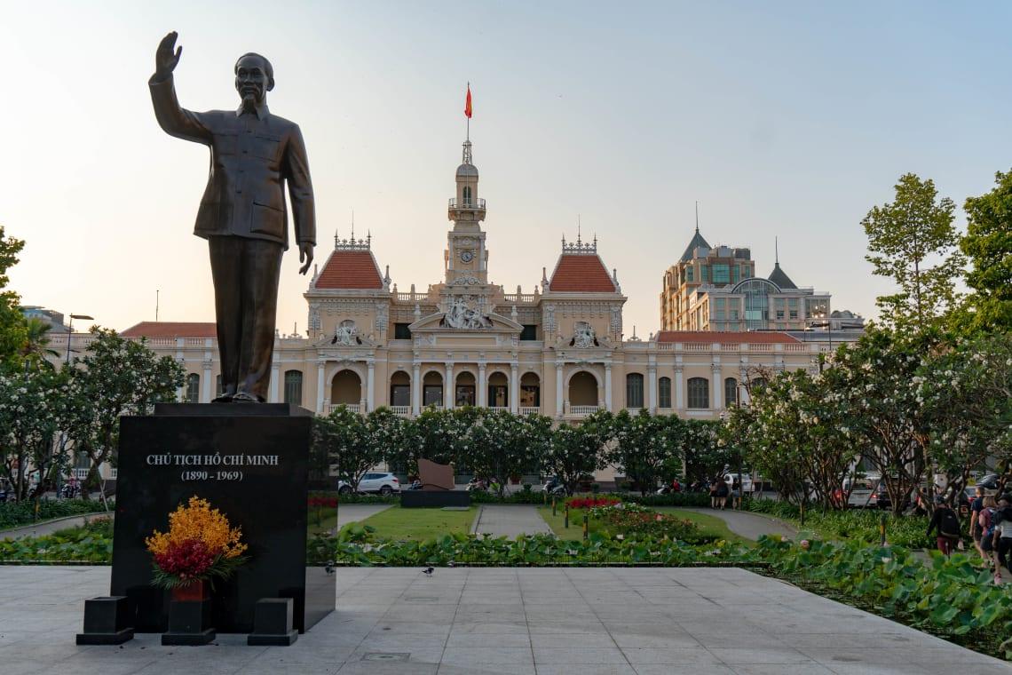 Hacer la ruta del Mekong: Laos, Camboya y Vietnam - Worldpackers - plaza en vietnam