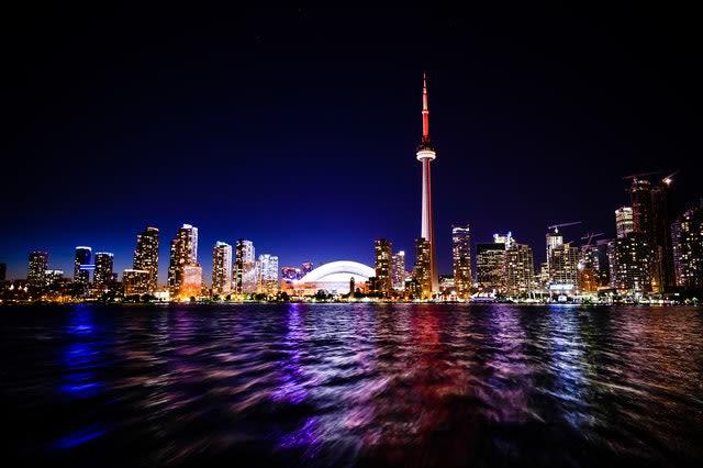 Imagem panorâmica de Toronto, uma das principais cidades do Canadá