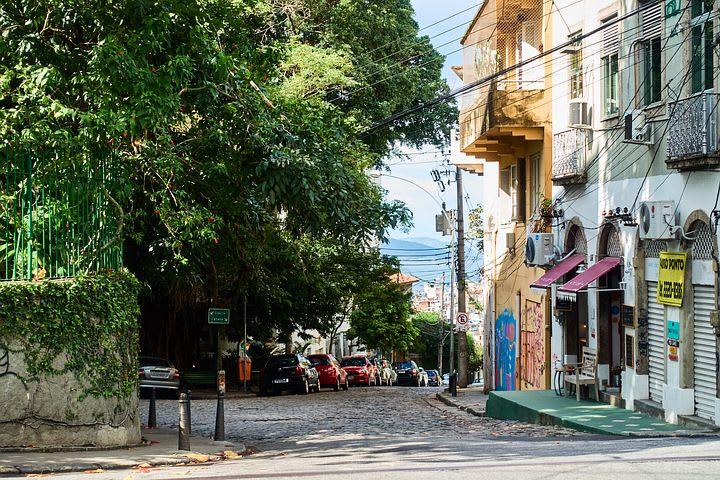 16 cosas que hacer en Río de Janeiro con poco dinero - Worldpackers - barrio santa teresa rio de janeiro