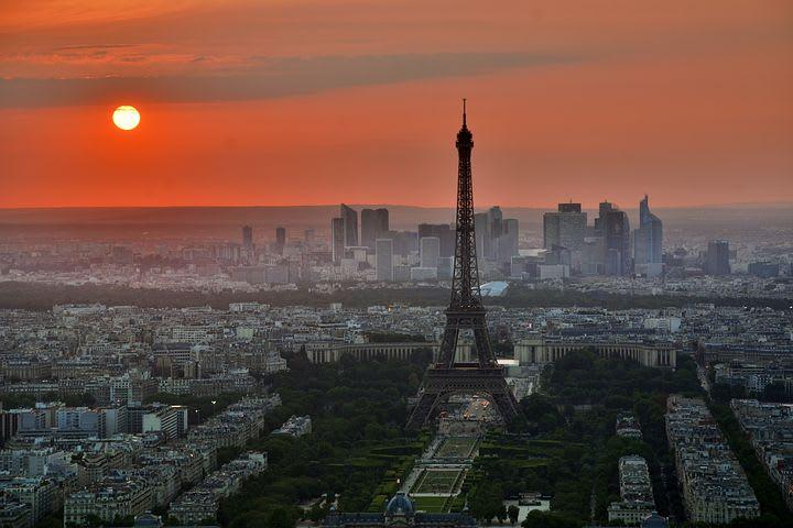 Gracias a mi voluntariado con Worldpackers pude hacer mi sueño realidad - Worldpackers - torre eiffel en paris vista aérea