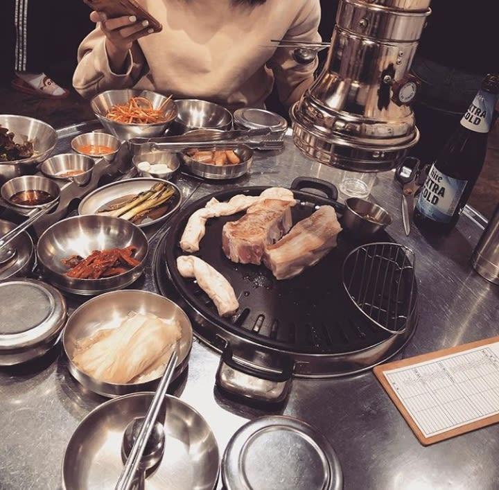 Pratos da comida asiática para provar: Churrasco coreano
