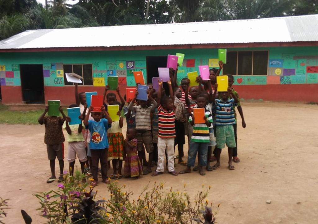 Voluntariado com crianças em Gana