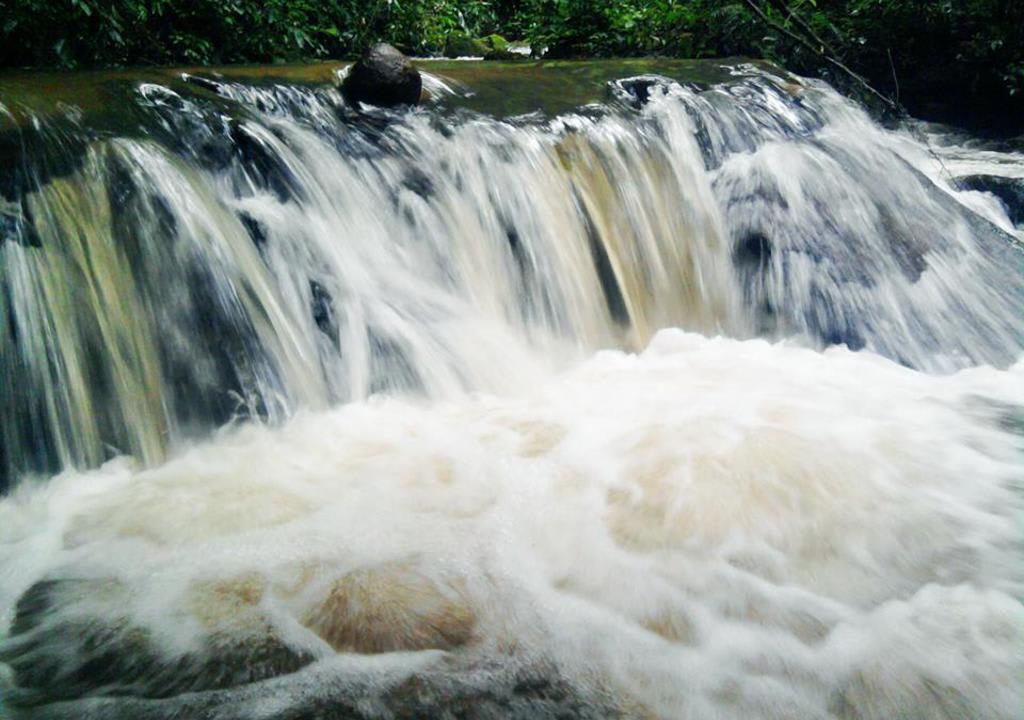 Cachoeira próxima da Pousada
