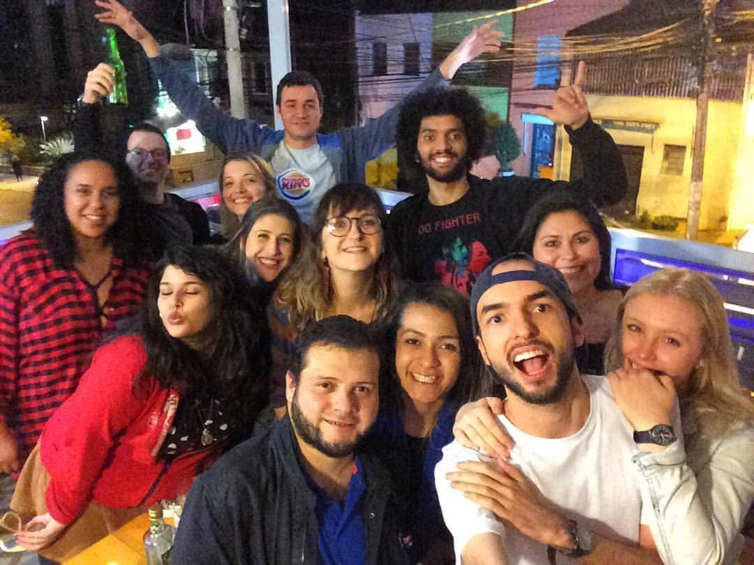 Grupo de voluntários Worldpackers no Dids Hostel