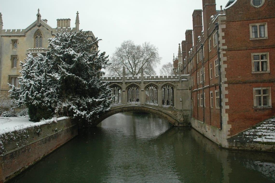 ponte em Cambridge