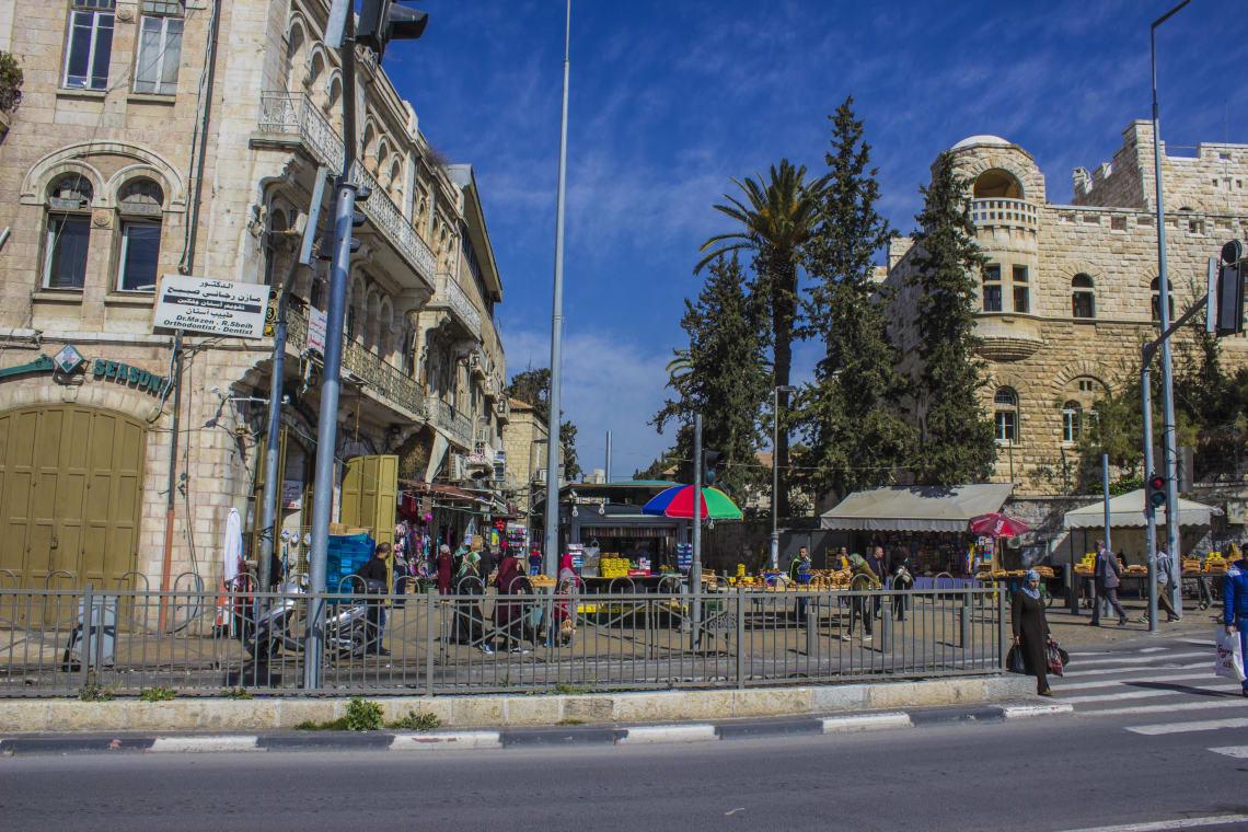 Ruela a caminho da rodoviária árabe