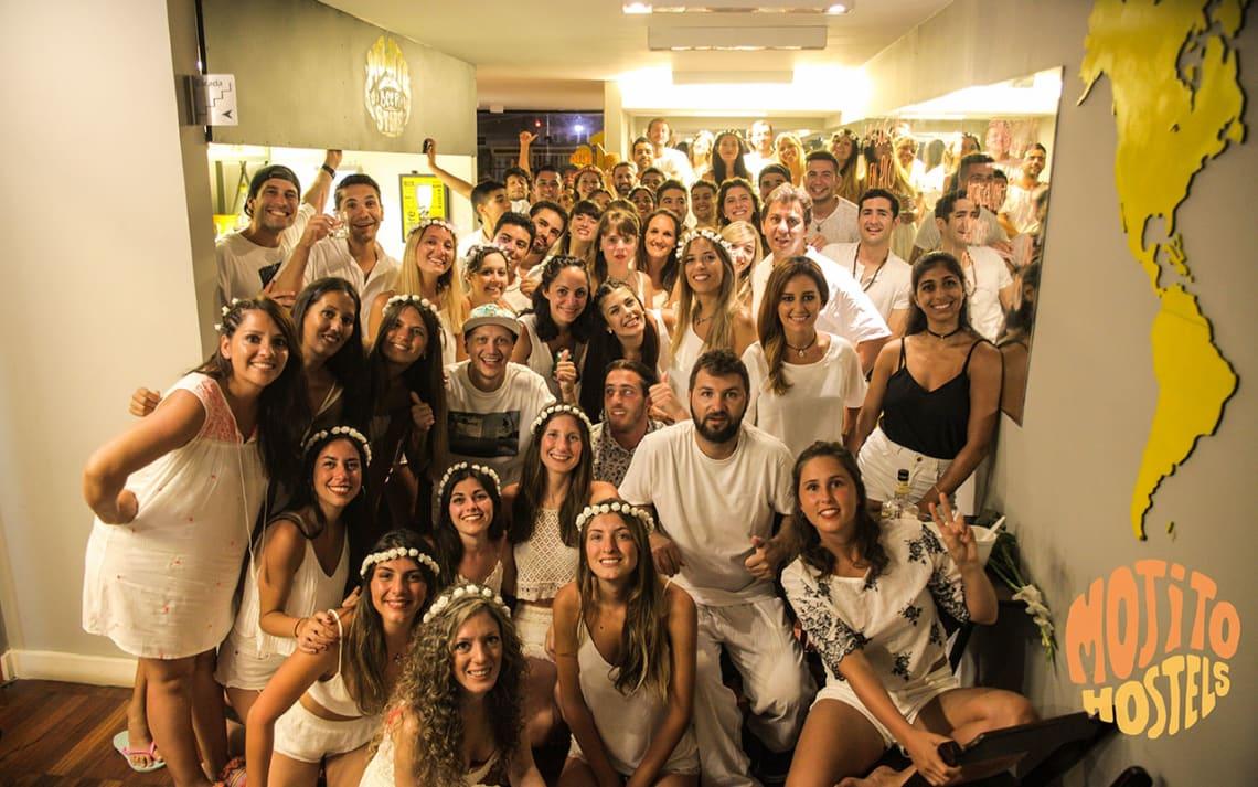 Festa no Mojito Hostel