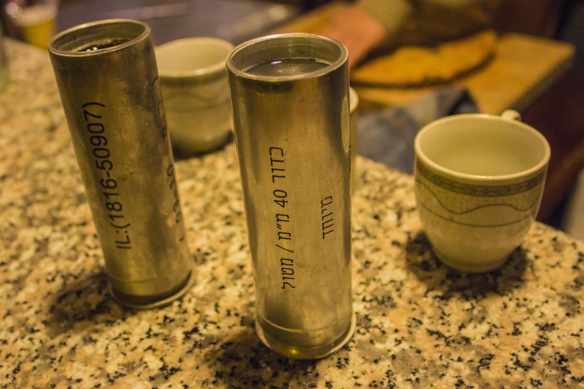 bebida siria servida em capsula israelense