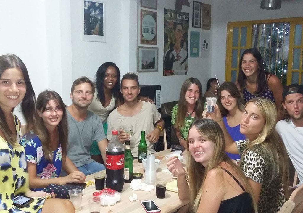 Festa no Papagaio Hostel