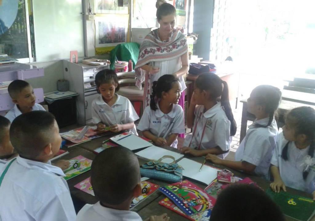 Ensinar crianças na Ásia é uma opção de voluntariado no exterior