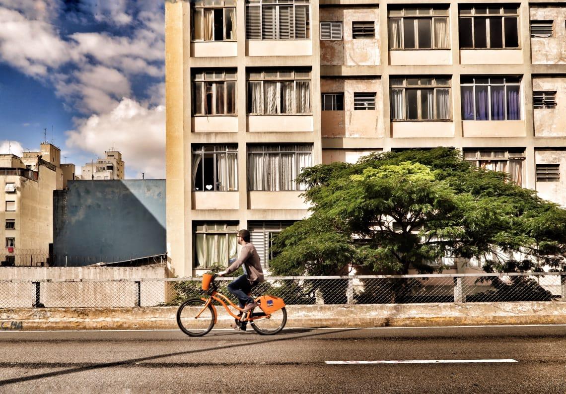 O clima de São Paulo pode ir do verão ao inverno em algumas horas