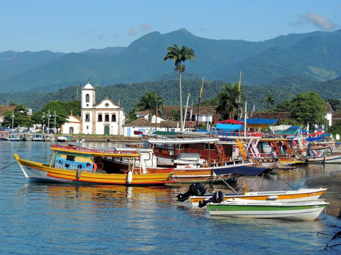 Com muitas opções culturais, Paraty é uma cidade para viajar sozinha